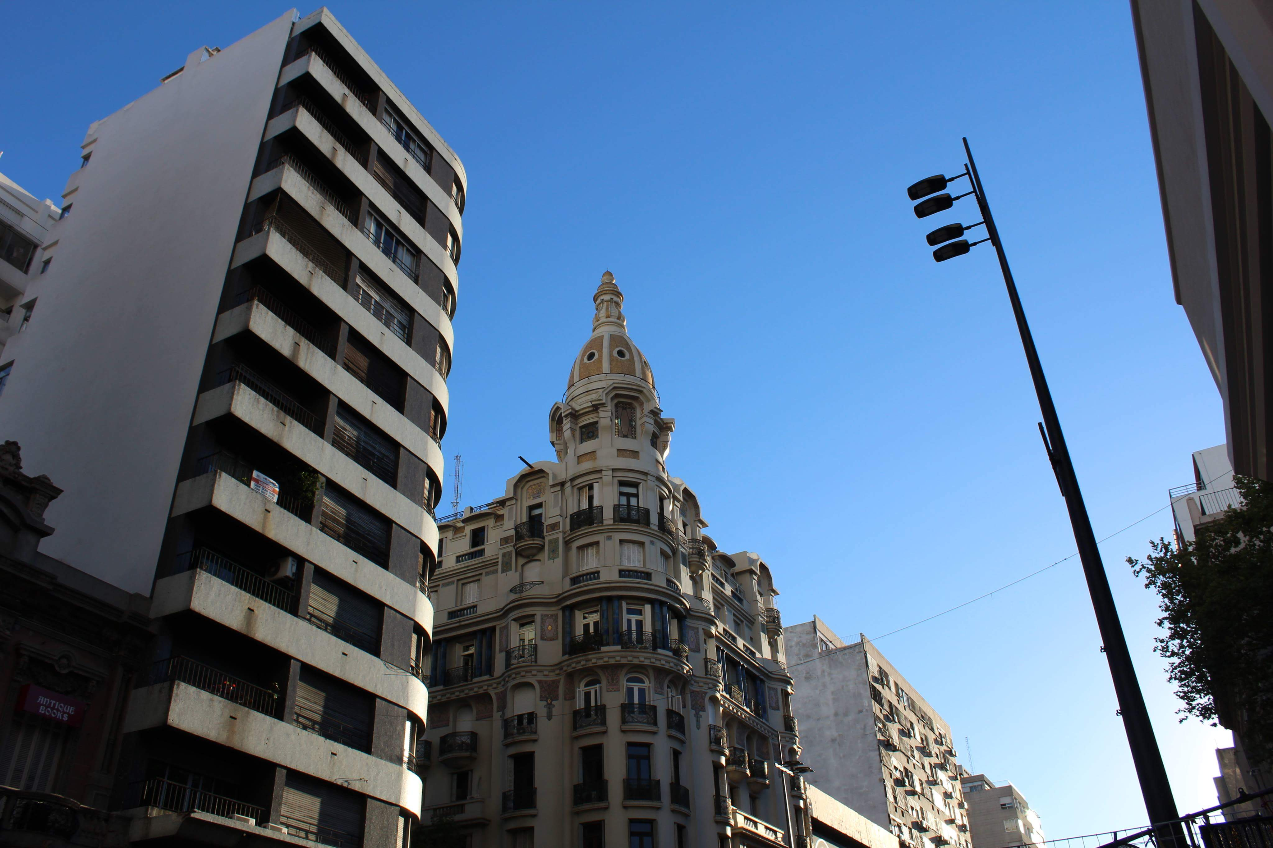 9. kép: Avenida 18 de Julio – az alkotmány kiadásának keltéről elnevezett főút
