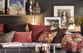 Art deco és képzőművészet a nappaliban