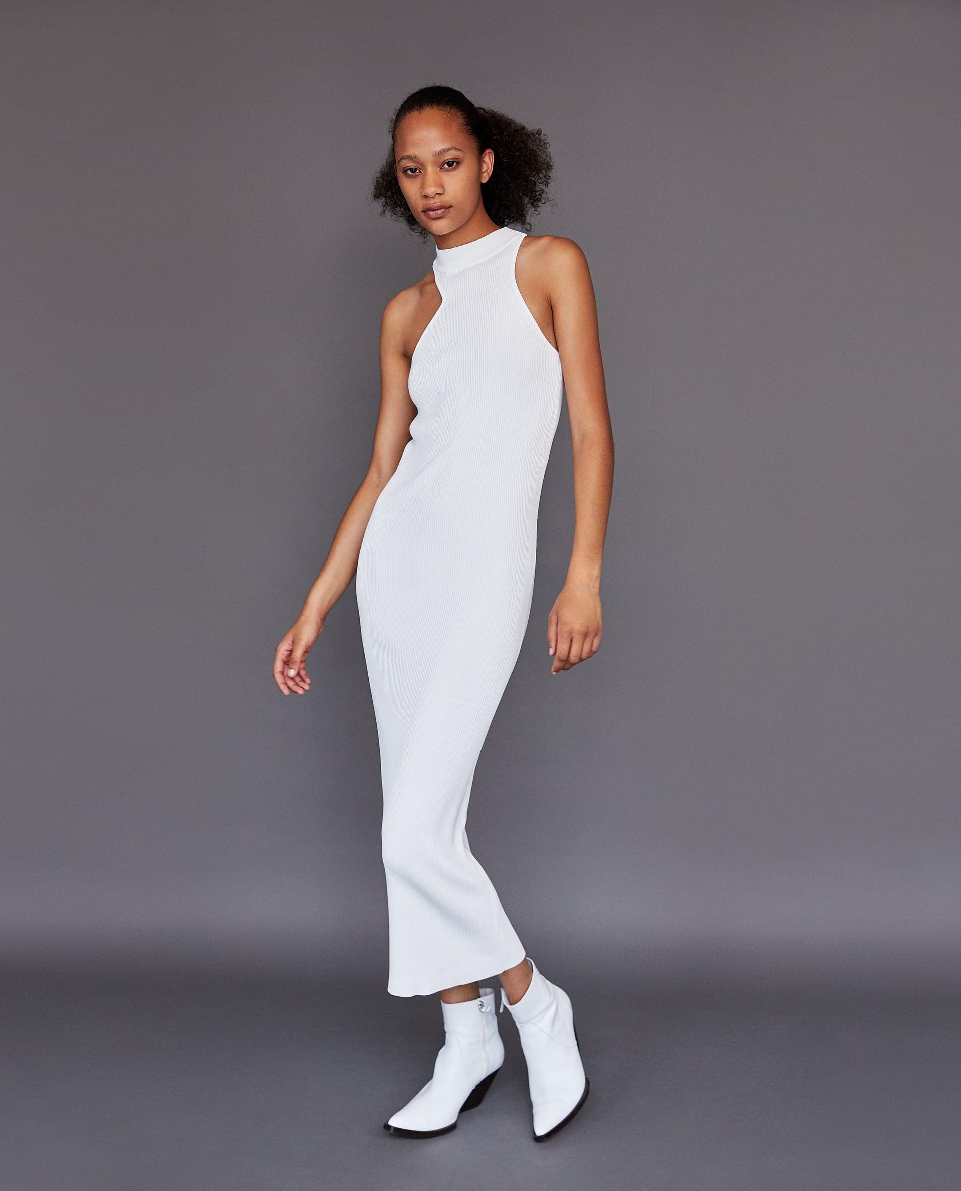 8. kép: Nyaknál passzos fehér ruha Zara 8995 Ft