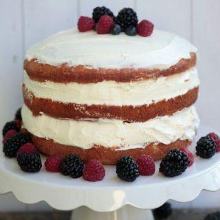 Süss magad esküvői tortát
