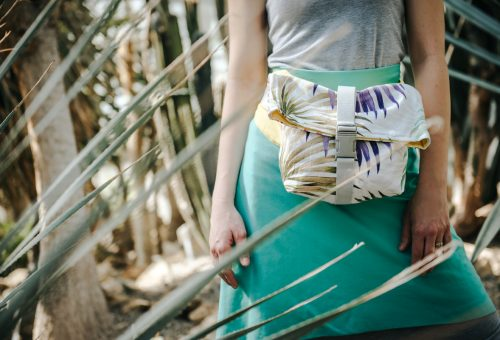 A trópusokra repít Lilla Sellei új táskakollekciója