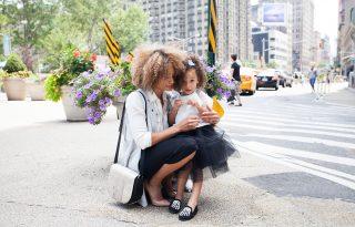 Tudományosan igazolt: sokkal stresszesebbek a dolgozó anyák