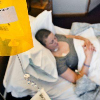 Áttörés: kemoterápia nélkül gyógyulhatnak a mellrákos nők