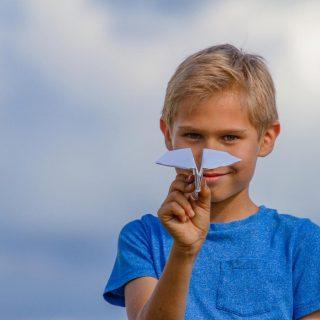4 tipp, ha azt szeretnénk, hogy gyermekünk hasznosan töltse a nyarat