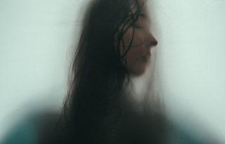 Nem vagyok elég jó, és rettegek, hogy rájönnek majd - az imposztor-szindróma rengeteg embert érint