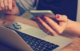 Az online vásárlást jobban szeretjük, mint a kiskutyákat