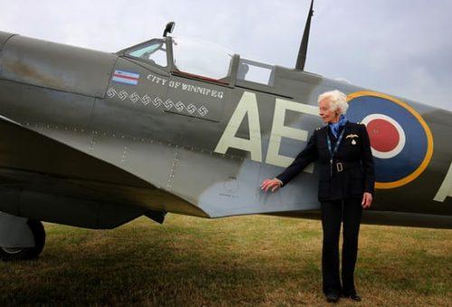 Meghalt Mary Ellis, az utolsó második világháborús pilótanő