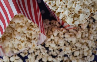 Alattomos vagy ártalmatlan a popcorn - a nagy dilemma