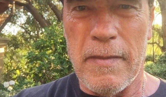 Arnold Schwarzenegger egy menő budapesti edzőteremben gyúr a Terminátor 6 forgatása közben