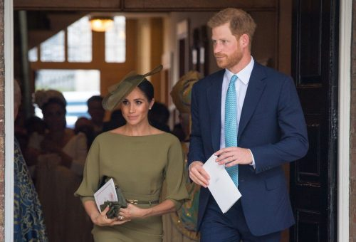 Meghan Markle tetőtől talpig olajzöldbe öltözött Lajos herceg keresztelőjére