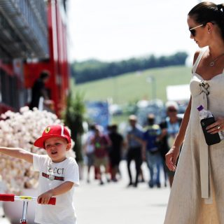 Räikkönen kisfiánál cukibb nincs a magyar nagydíjon