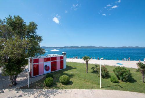 A horvát tengerpartra költözött nyárra a Chanel