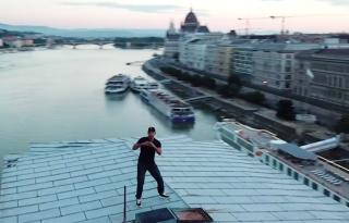 Will Smith a Lánchíd tetején ropta
