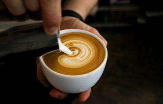 Kávéval előzhetjük meg az Alzheimer- és a Parkinson-kórt