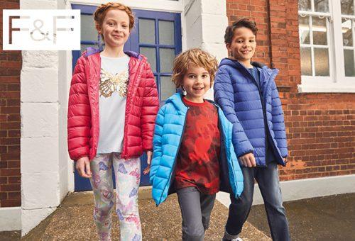 5 ruhadarab, ami a kisfiad kedvence lesz