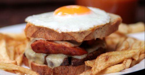 A legjobb portugál szendvics: francesinha
