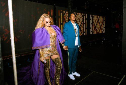 Színpadra ugrott egy rajongó Beyoncé koncertjén