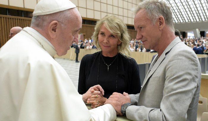 Sting Ferenc pápával találkozott