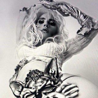 Lady Gaga para képekkel sokkolja a népet az Instagramon