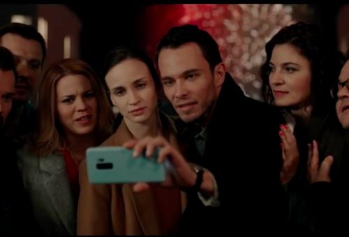 Egymás mobiljában vájkálnak a legnagyobb magyar színészek