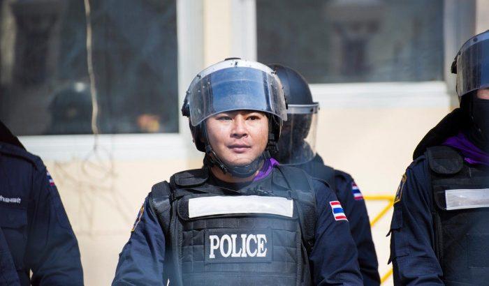 Kitiltották a nőket a thai rendőrakadémiáról