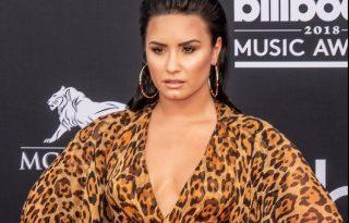 Először kapták lencsevégre Demi Lovatot a túladagolása óta