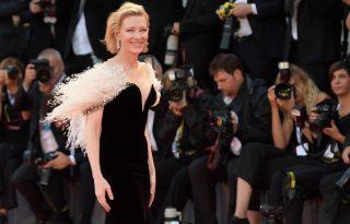 Habos hercegnők és elegáns dívák: a legszebb ruhák a Velencei Filmfesztiválról
