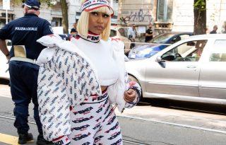 Nicki Minaj tetőtől-talpig Fendiben