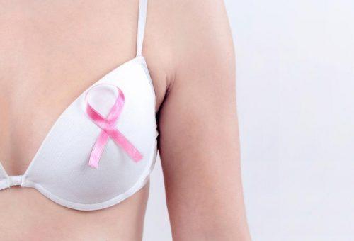 Győzzük le a mellrákot: tíz nőből egy