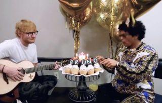 Ed Sheeran Bruno Marsnak énekelt a születésnapján