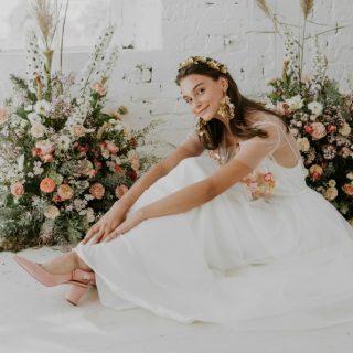 Babérkoszorús álomruhák a Hey Darling 2019-es menyasszonyi ruha kollekciójában