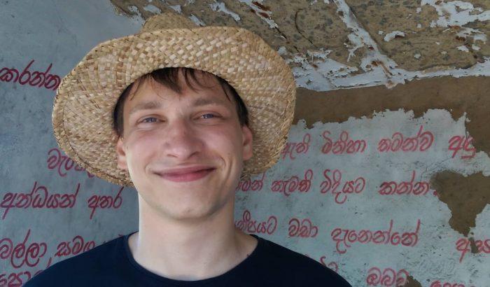 """""""Egyre nehezebb elmesélni az életemet"""" – Alex, a Chance Program mentoráltból lett mentora"""
