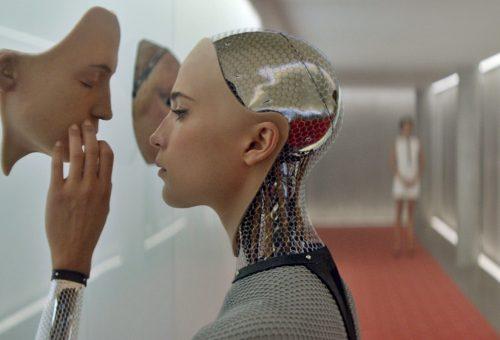 Már a szexrobotokkal sem lehet lefeküdni a beleegyezésük nélkül
