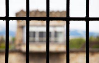 Nem kapnak megfelelő ellátást a brit börtönmamák