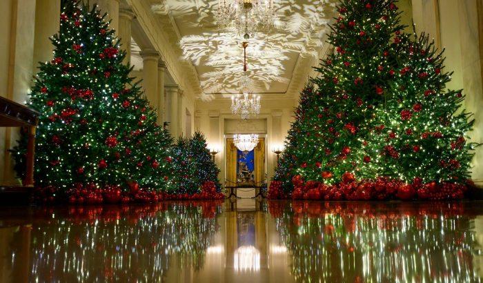 Ilyen látványos lett Melania Trump karácsonyi dekorja