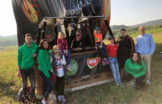 Hétköznapi hősök: Illy Eszter és Lendvai Márton, az Amigos a gyerekekért önkéntesei