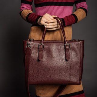 Burgundi a szezon királya – táskában is!