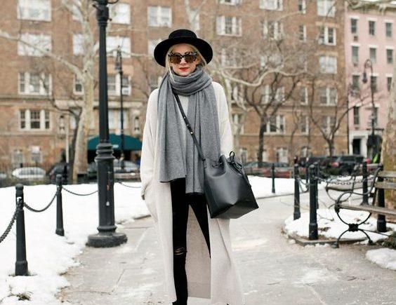 Fel a kalappal télen is