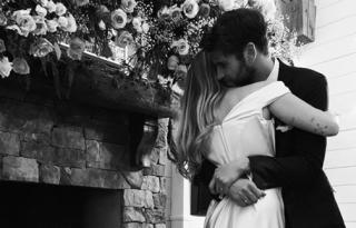 Miley Cyrus bensőséges képekkel erősítette meg a titkos esküvőjéről szóló pletykát