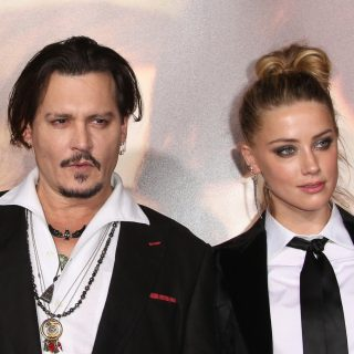 Egyre kínosabb részletek derülnek ki Johnny Depp tárgyalásán