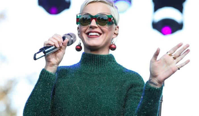Katy Perry 50.000 dollárt fizetett Orlando Bloomnak, hogy randizzon vele