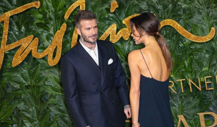 Victoria Beckham leszedette ikonikus gerinctetkóját