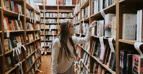 Megmenekült a feminista könyvtár