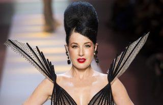 A burleszk királynője is kifutóra lépett Jean-Paul Gaultier show-ján