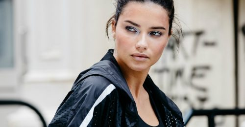 Adriana Lima istenien néz ki a PUMA x Maybelline kampányképein