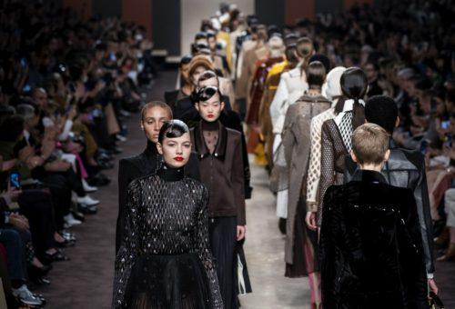 Ilyen volt Karl Lagerfeld utolsó kollekciója