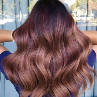 Még mindig tombol a rose gold haj őrület