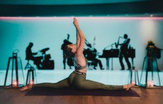 5 perc jóga Johannával: test- és énidő