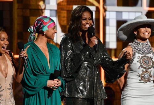 Kiosztották a Grammy-díjakat: Michelle Obama is színpadra lépett