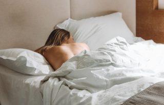 Mi köze az alvásnak a női szépséghez?